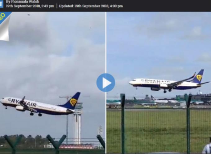 Irlanda, atterraggio da brividi per il vento forte: aereo Ryanair tocca la pista, ma è costretto a riprendere quota