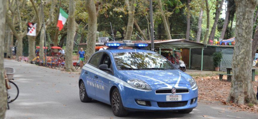 Arrestato uomo che vagava seminudo e in evidente stato di alterazione, a Torre del Lago, il quale ha reagito violentemente all´intervento delle forze di Polizia ferendo un agente