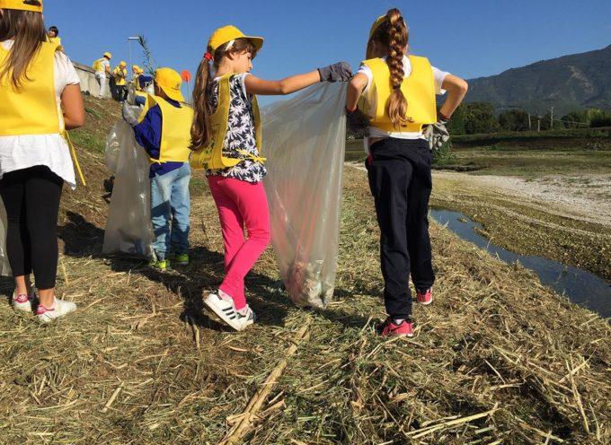 """Puliamo il Mondo: """"caccia al rifiuto"""" domani sull'argine del fiume a Ponte di Tavole per cinquanta bambini delle scuole primarie"""