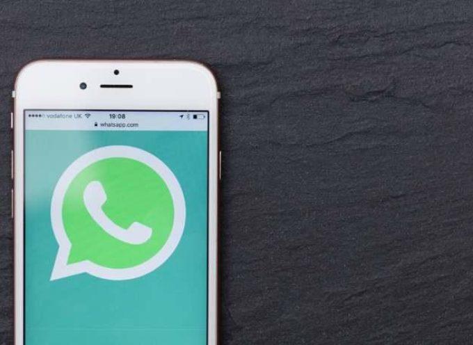 WhatsApp: un uso prolungato provoca anche problemi di salute