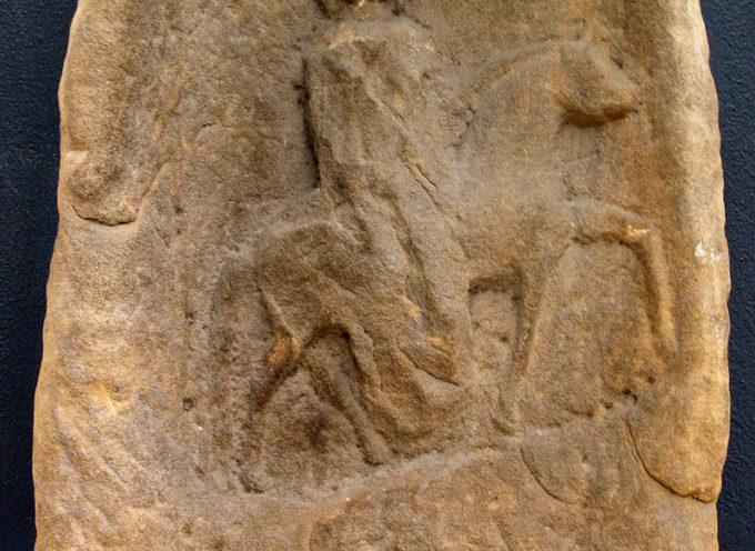 Nell'Antica Roma, 1 o 2 Novembre: Eponae, festa in onore di Epona, Dea dei cavalli