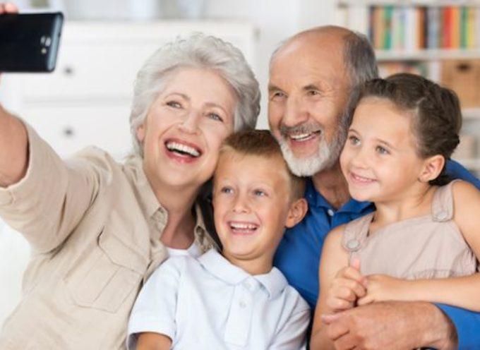 Accadde Oggi, 2 Ottobre: Festa dei Nonni, gli Angeli Custodi dei nipoti!