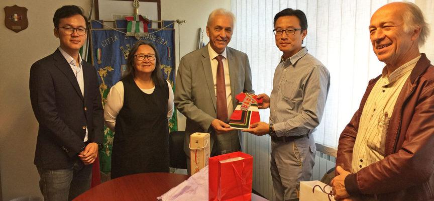 Lapideo: il sindaco Riccardo Tarabella riceve delegazione di imprenditori taiwanesi