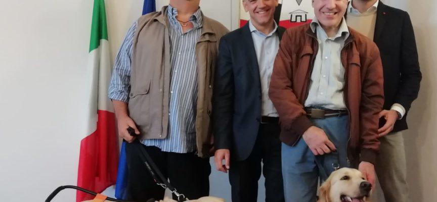 """Dalla sezione di Lucca dell'Uic (Unione Italiana dei Ciechi e degli Ipovedenti) arriva un contributo per l'allestimento delle """"Case del libro"""","""