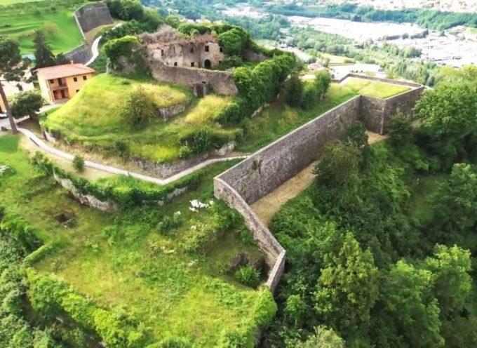 Strategia nazionale per le aree interne..  alla Fortezza di Monte Alfonso in Castelnuovo di Garfagnana..