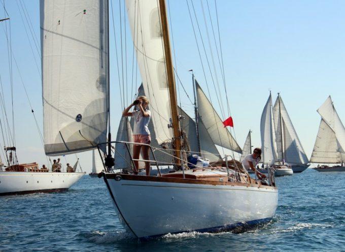 Viareggio, arriva in porto la flotta delle vele d'epoca