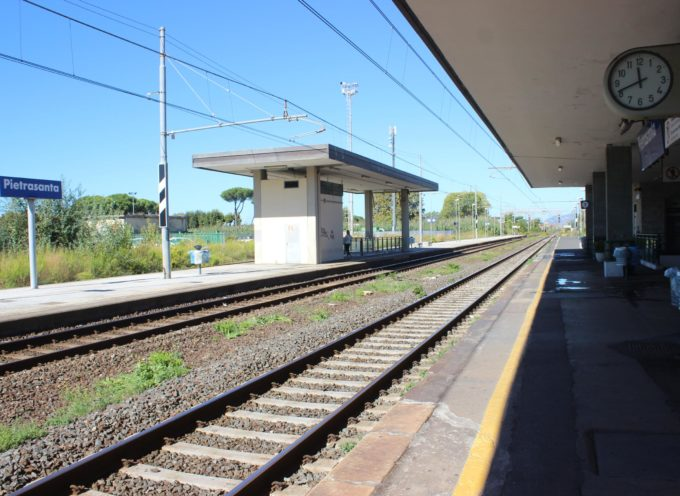 Pietrasanta: donna travolta dal treno