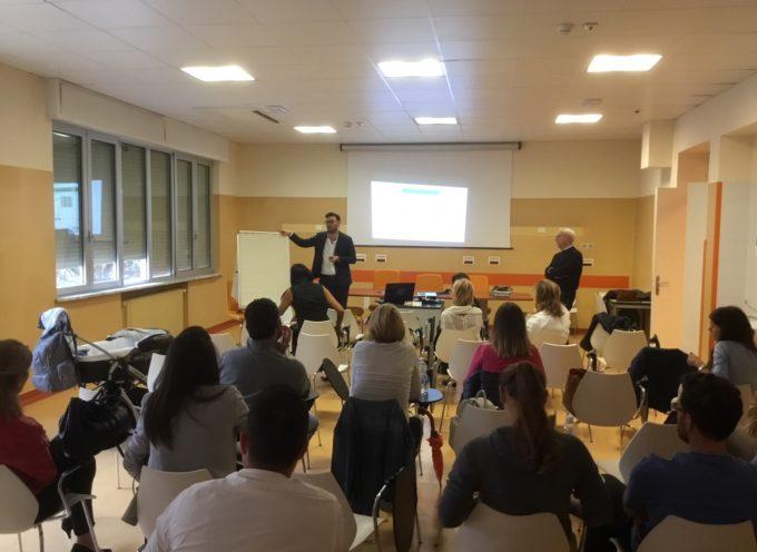 Lucca: tante domande agli esperti all'incontro sui vaccini come scelta informata e consapevole
