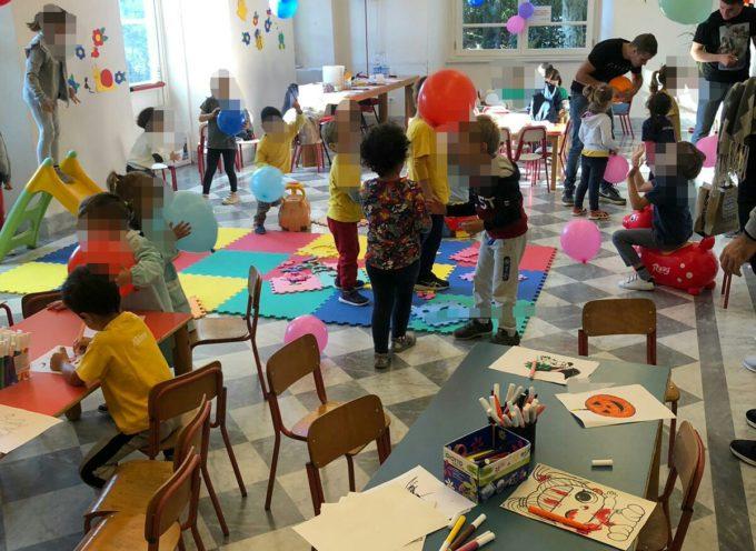 Il primo giorno a Villa Bertelli della Scuola d'Infanzia Caranna è stato vissuto dai piccoli come una gita fuori porta