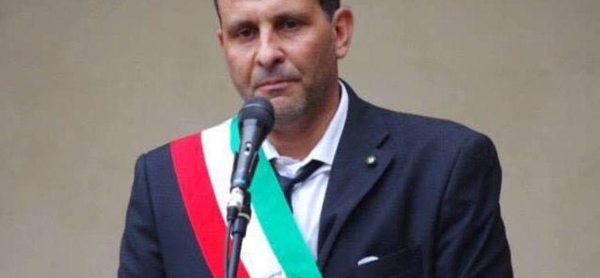 Il sindaco di Pescia Oreste Giurlani approva l'idea degli assistenti civici