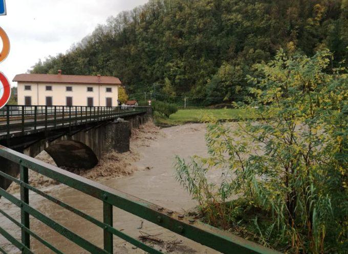 Maltempo Lunigiana: Continuano i violenti nubifragi. Particolarmente colpiti i Comuni di Pontremoli, Mulazzo, Filattiera e Zeri.