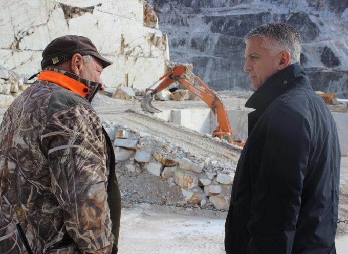Marmo: Mallegni (FI) su proposta Regione Toscana chiederò di conto a Ministero, salva cave è ammazza imprese