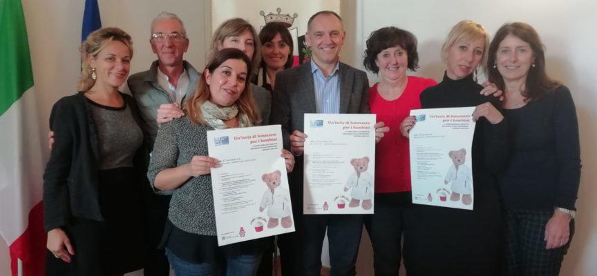 """Le infermiere di """"Giochiamo in sala operatoria"""" dal sindaco di Capannori Menesini"""