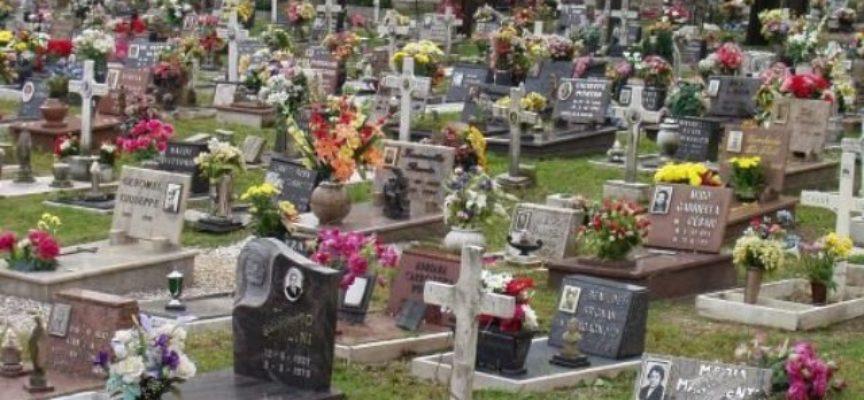 Commemorazione dei defunti: le regole da seguire per l'accesso ai cimiteri.