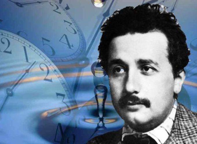 Accadde Oggi, 21 Novembre: 164 a.C., Giuda Maccabeo riconsacra il Tempio di Gerusalemme – 1905, Einstein ci relativizza tutti!