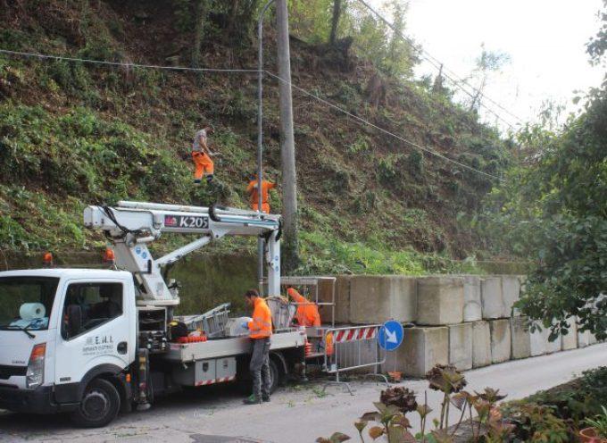 l'intervento di Strettoia prevede un alleggerimento del versante con la pulizia della vegetazione arbustiva ed arborea