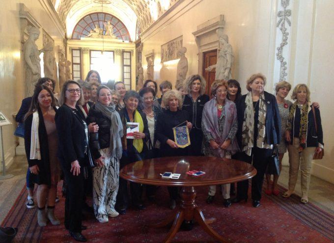 Il Prefetto di Lucca, Mara Laura Simonetti riceve la delegazione francese in visita a Palazzo Ducale