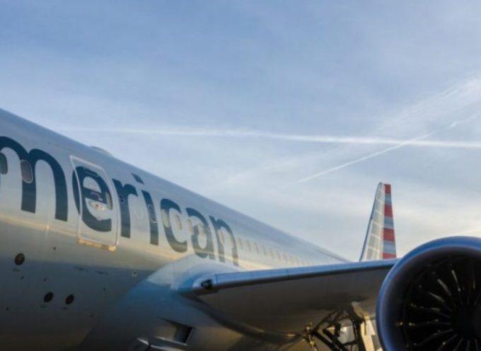 Volo American Airlines, scoppia finestrino del pilota: paura a bordo