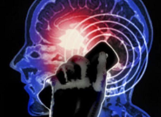 I telefoni cellulari e il cancro: c'è un legame tra radiazioni cellulari e tumore.