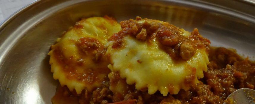 le 10 cose da mangiare assolutamente quando si visita Lucca