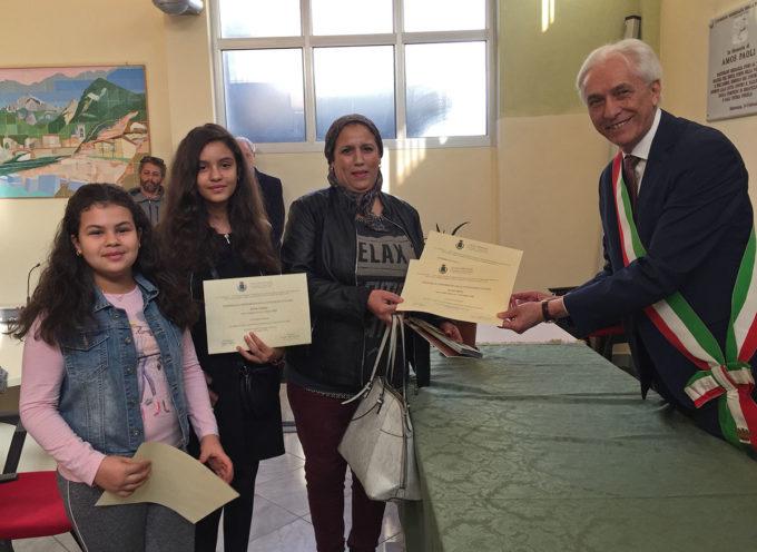 SERAVEZZA – Cittadinanza: consegnati sabato gli attestati di cittadinanza a diciassette nuovi seravezzini