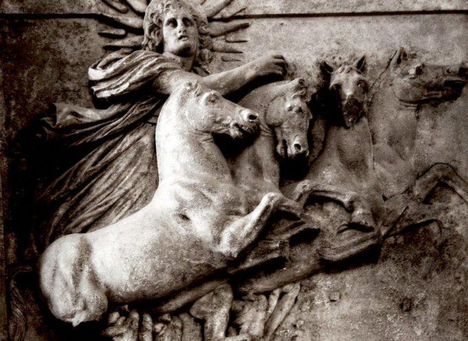 Nell'Antica Roma, 17-23, 25 Dicembre: i Saturnalia, con al centro il Sol Invictus, predecessore e indicatore della data di nascita del Cristo