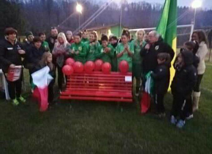 La 61 panchina Rossa ha anche il primato di essere la PRIMA che sorge in un complesso sportivo.