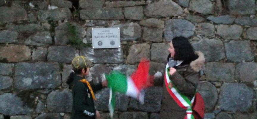 Oggi pomeriggio nella piazza di fronte alla Villa Reale abbiamo inaugurato una targa in onore di Robert e Olave Baden-Powell