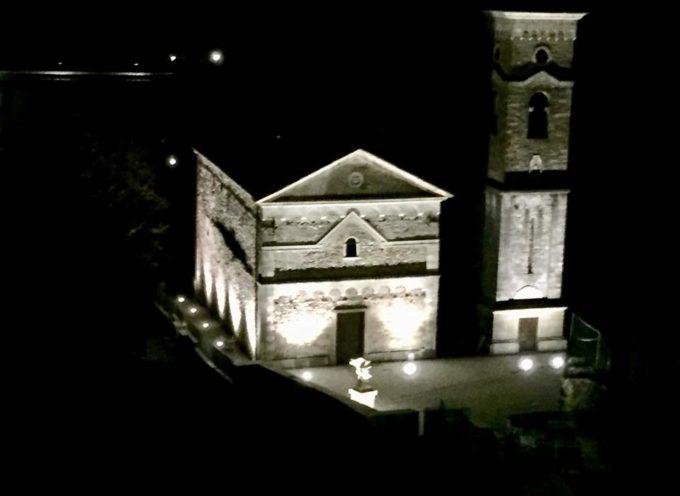 Stasera prove d'illuminazione per la chiesa e il campanile di Isola Santa