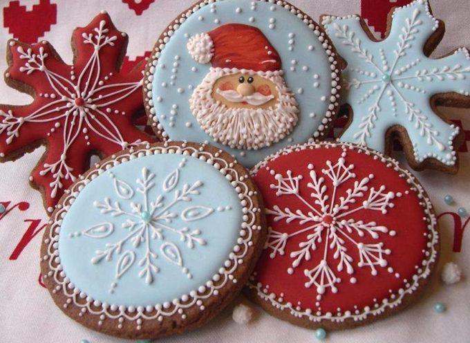 per Natale e per tutte le Feste  BISCOTTI AL BURRO GLASSATI