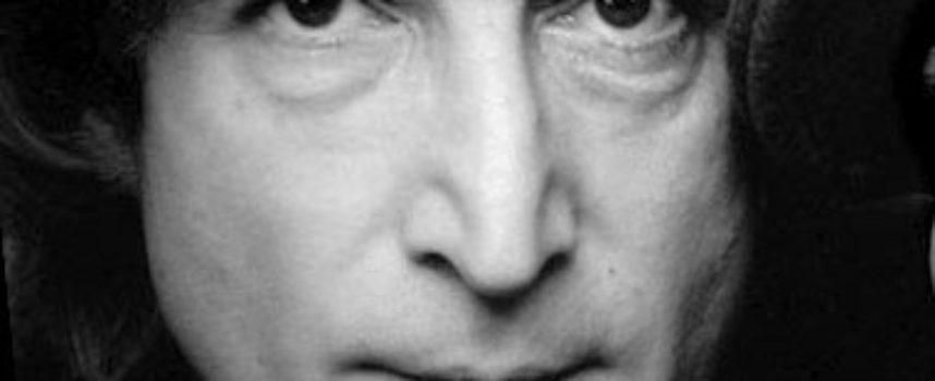 Accadde oggi, 8 Dicembre 1980: uno squilibrato, invidioso del suo ex idolo, uccide John Lennon