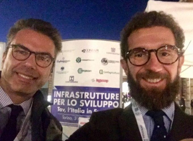 La manifestazione nazionale per le infrastrutture: a Torino anche il presidente di Confindustria Toscana Nord Giulio Grossi