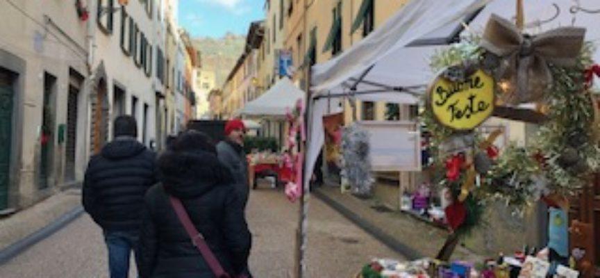 Borgo a Mozzano, mercatino di S. Nicola, di qualità e solidarietà