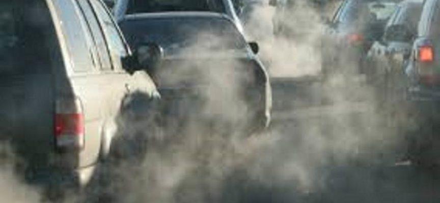 lucca – Proroga allo stop alla circolazione di veicoli inquinanti e all'accensione dei caminetti da domani sabato 8 fino a martedì 11 dicembre
