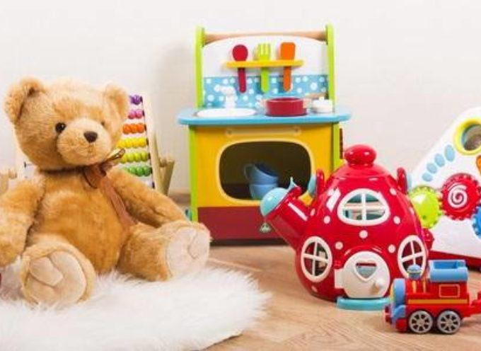 Come scegliere giocattoli sicuri e senza sostanze tossiche da regalare a Natale