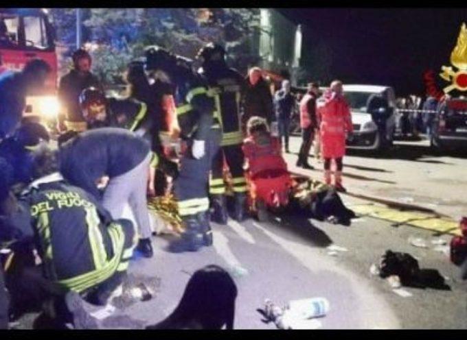 Esibizione di Sfera Ebbasta finisce in tragedia: il bilancio è di 6 vittime, una mamma e 5 ragazzi giovanissimi