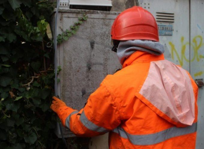 PIETRASANTA –  potenziamento rete elettrica, Enel a lavoro a Fiumetto