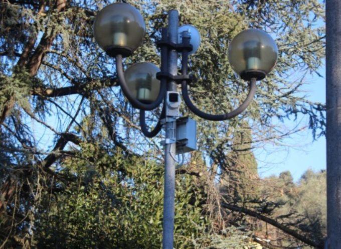 PIETRASANTA – Sicurezza: attivata anche via Capriglia la telecamera, vigilerà su accessi alla frazione collinare