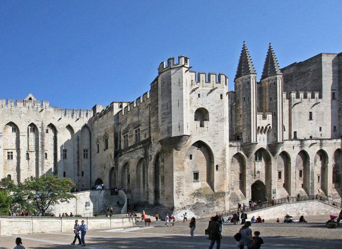 Accadde oggi, 17 Gennaio 1377: termina la Cattività Avignonese e la sede del Papa torna, dopo 68 anni, a Roma