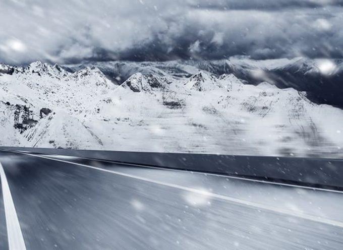 Le 5 regole d'oro (bianco) per guidare sulla neve