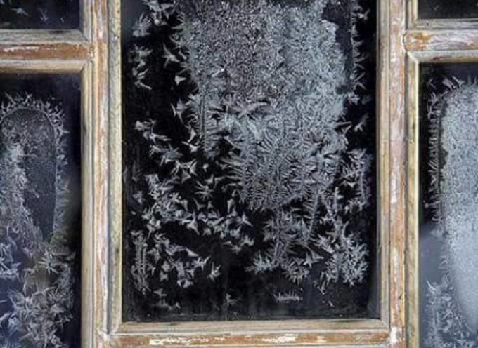 I ricami  sui vetri del gelo.
