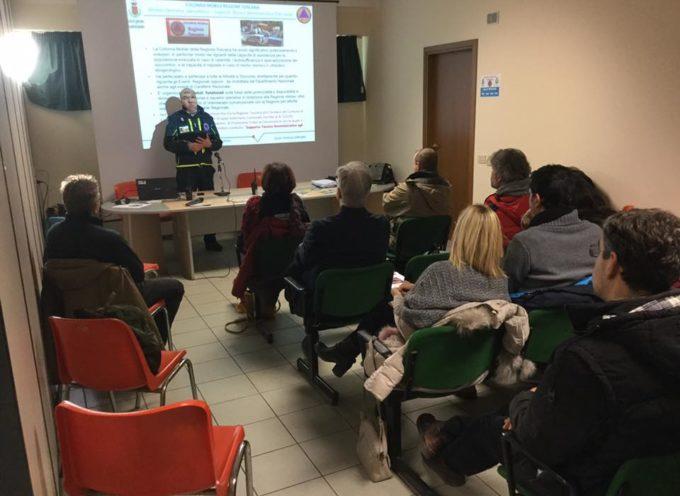 Castelnuovo di Garfagnana la prima delle due giornate di formazione organizzate dalla Protezione Civile