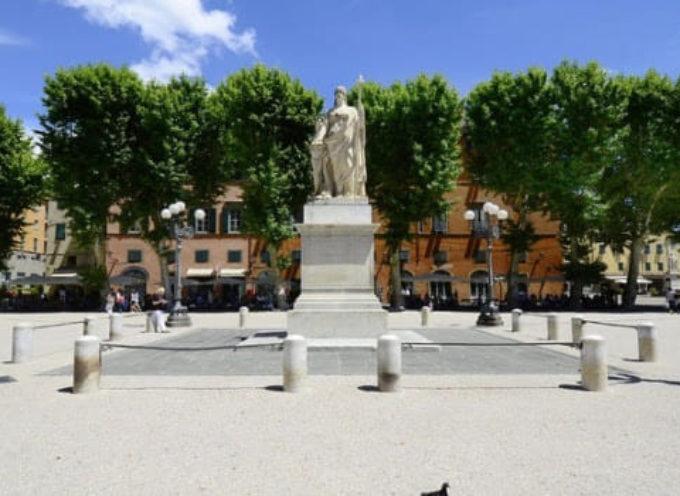 """""""Sapori D'Italia in Piazza"""". Eccellenze Enogastronomiche. Due giorni all'insegna del gusto, nella splendida Piazza Napoleone."""