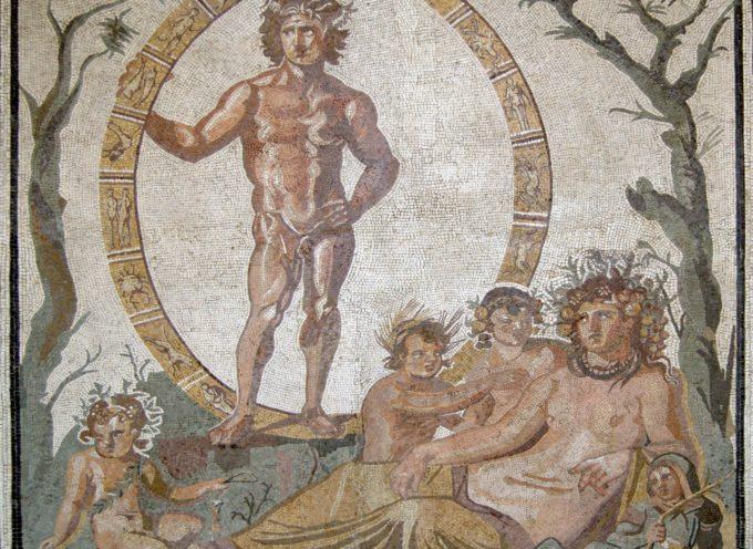 Nell'Antica Roma, 24, 25, 26 Gennaio: Paganalia, Festa del villaggio, pagus, istituita da Numa Pompilio
