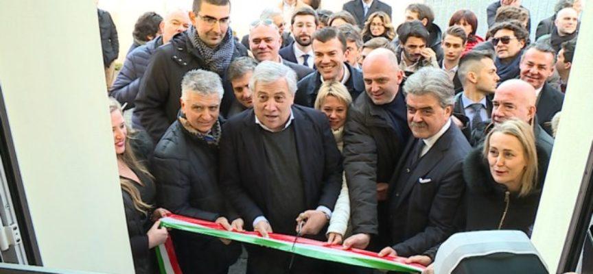 Tajani inaugura la nuova sede di Forza Italia a Lucca