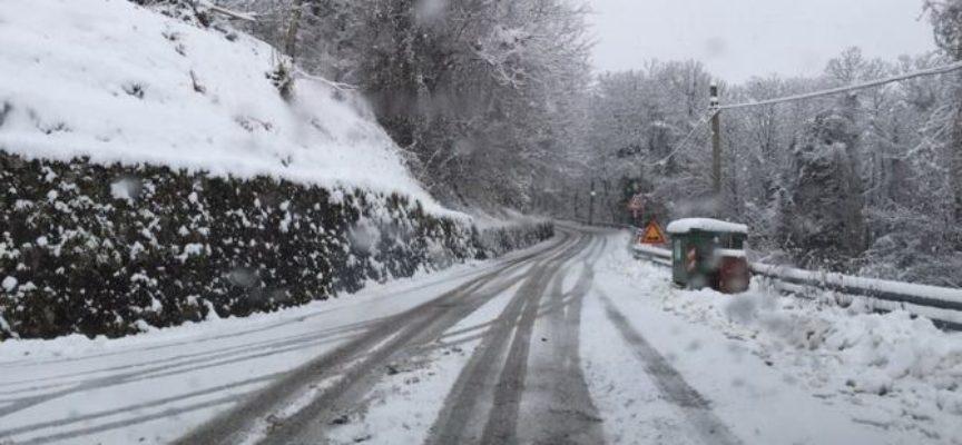 lucca – Allerta meteo: codice giallo per neve oggi e per ghiaccio domani 31 gennaio
