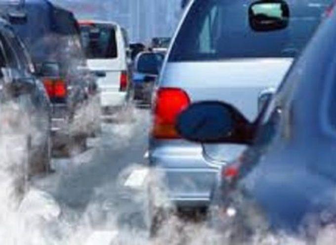 LUCCA – Stop alla circolazione di veicoli inquinanti e all'accensionedei caminetti da oggi mercoledì 2 fino a lunedì 7 gennaio