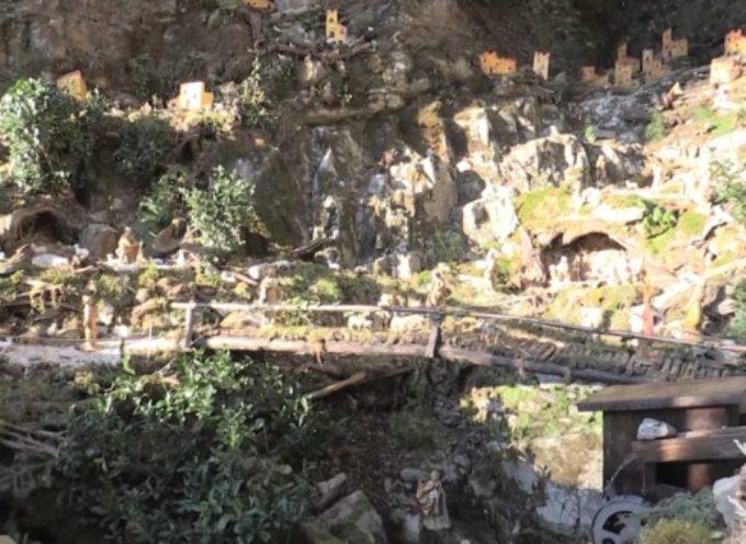 valle del serchio –  i presepi del Passo della Radici e di Dezza Alta