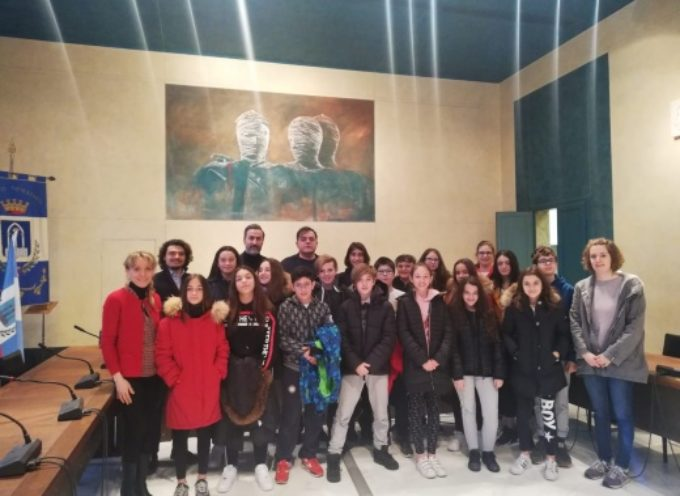 PIETRASANTA – Celebrazioni: Festa della Toscana, gita premio per alunni Santini (2A)