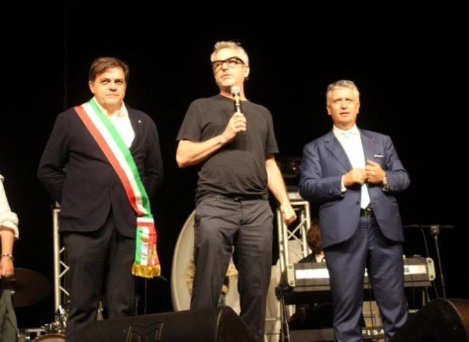 Cinema: premio Oscar Cuarón orgoglio di Pietrasanta